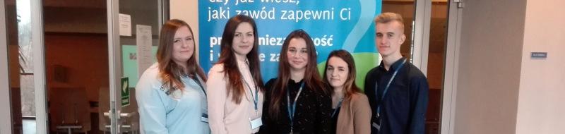 AgataDziąk zklasy 3T-B zajęła IIImiejsce wetapie wojewódzkim Konkursu Wiedzy oPodatkach