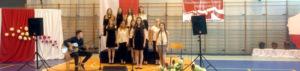 Reprezentanci naszej szkoły napodium konkursu piosenki